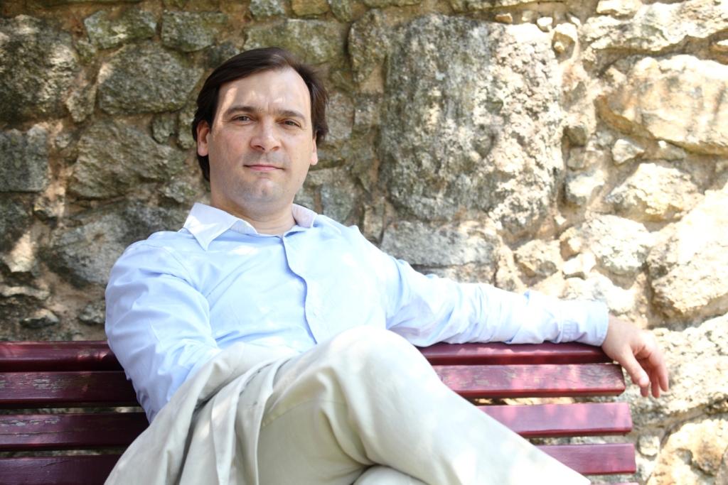 Luís-Carvalho-informal-©-Susana-Neves